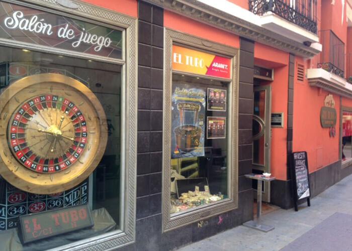 El Tubo, Locales Arabet
