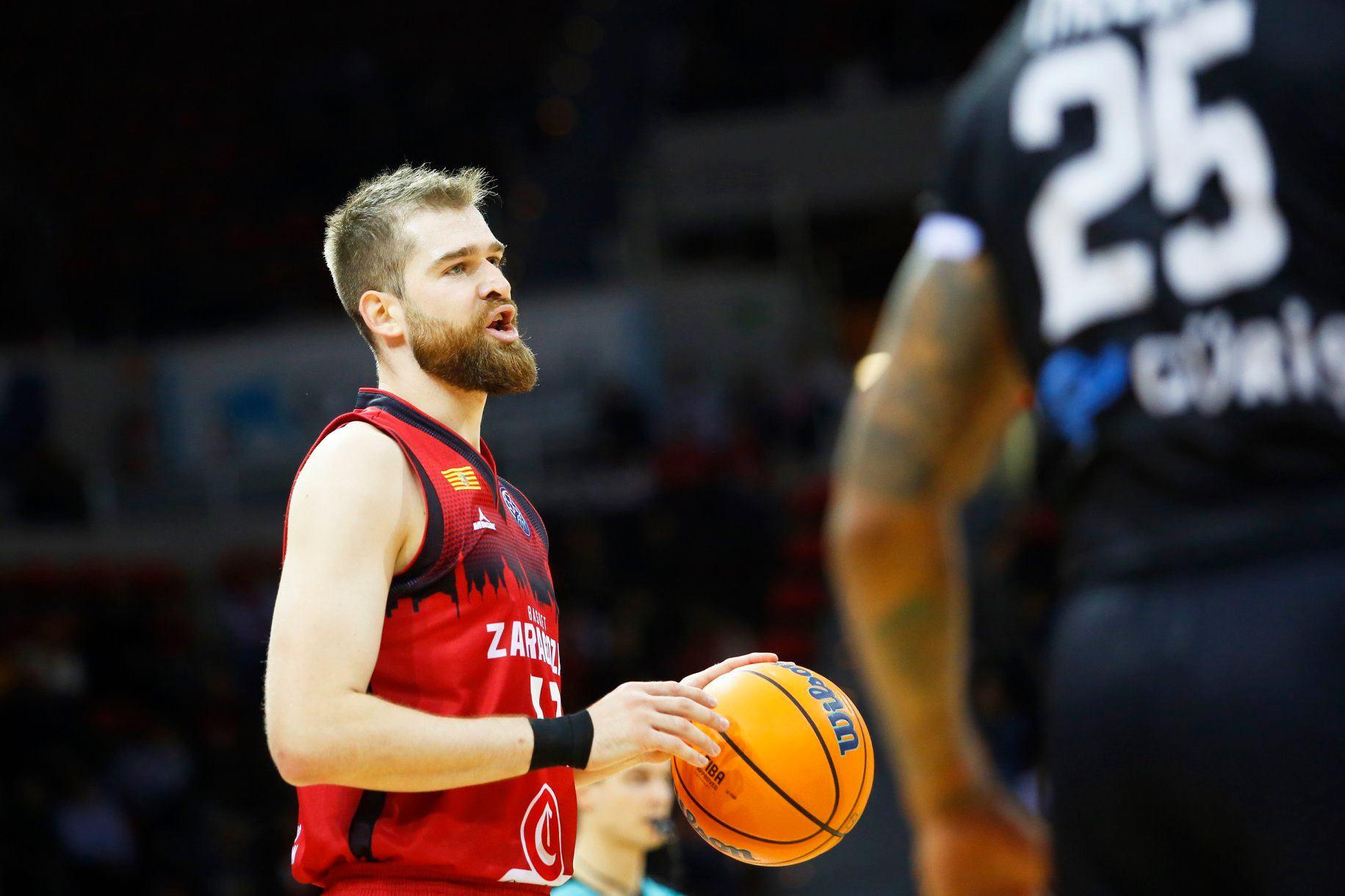 Arabet regala entradas para ver el partido del Basket Zaragoza contra el Baskonia